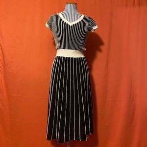 2000s Sangria Striped Sweater Dress